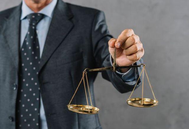 Sprawa karna: czy szukać porady prawnej nie tylko z urzędu?
